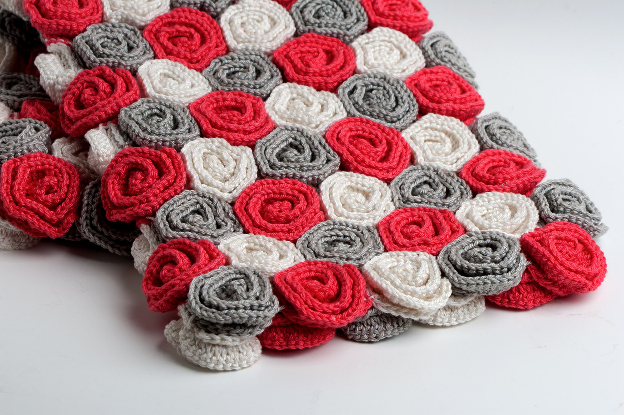 Crochet Yarn : Crochet Pattern Rose Field - Yarn Twist