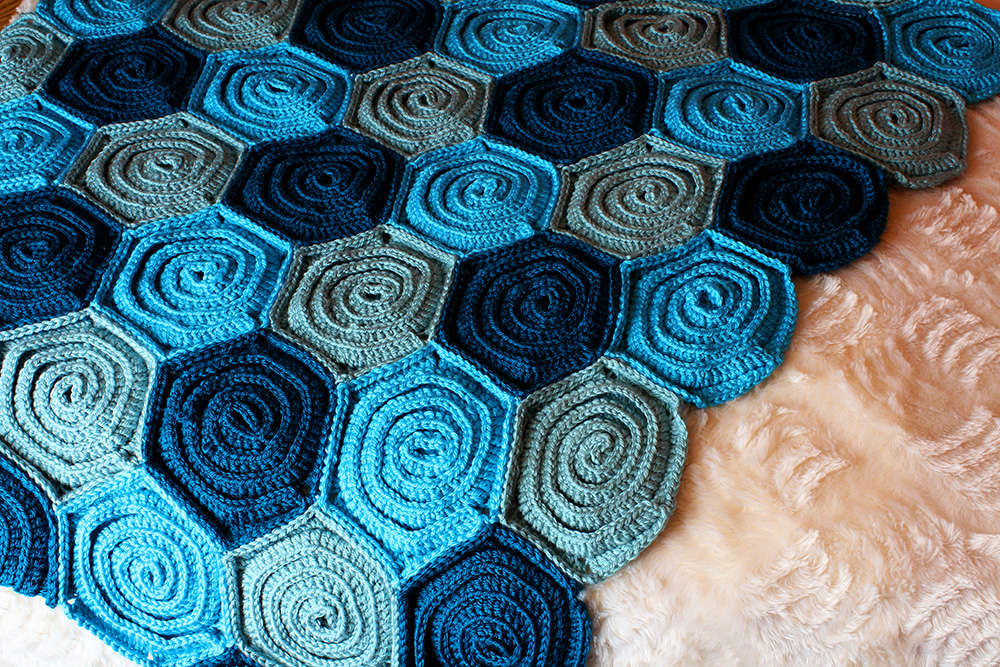 Crochet Pattern Sea of Roses