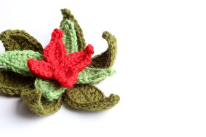 Free Crochet Pattern Christmas Poinsettia Wreath