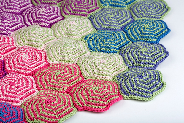 Free Pinwheel Crochet Baby Blanket Pattern : Blanket Patterns ? Yarn Twist
