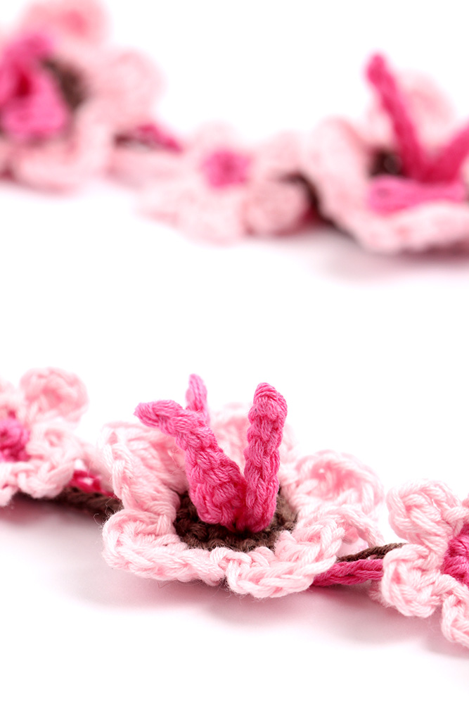 Sakura Blossom Necklace Crochet Pattern by Yarntwist